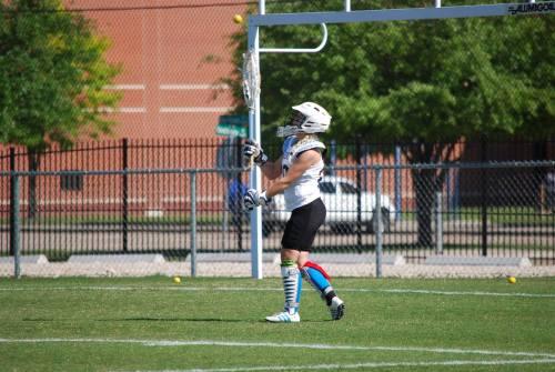 Martine ønsker å kunne drive med lacrosse så lenge som mulig. (Foto: privat)